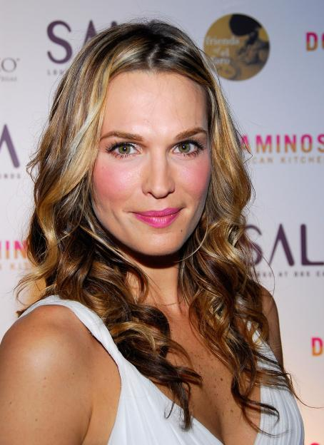 Las Vegas Molly Sims - Host Opening Party Of Dos Caminos  At The Palazzo Resort-Hotel-Casino In  2008-03-15