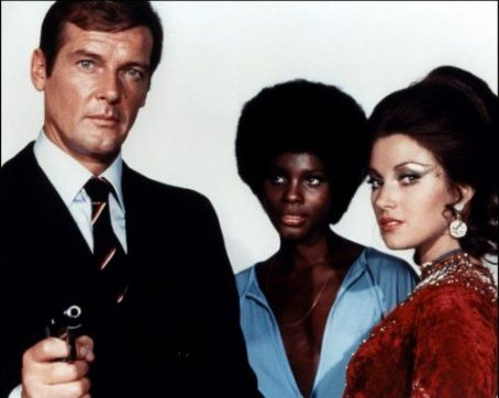 Gloria Hendry Promo of Roger Moore, Jane Seymour,  in Live And Let Die (1973)
