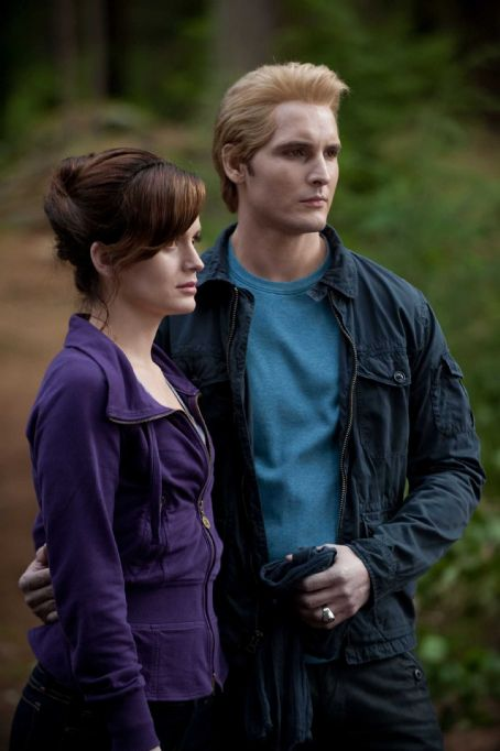 Peter Facinelli and Elizabeth Reaser - ELIZABETH REASER and PETER FACINELLI star in THE TWILIGHT SAGA: ECLIPSE. Photo: Kimberley French. © 2010 Summit Entertainment, LLC. All rights reserved.