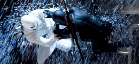 "Storm Shadow The COBRA organization's ninja master STORM SHADOW (Byung-hun Lee, left) engages in a martial arts battle with the G.I. JOE team's formidable SNAKE EYES (Ray Park, right) in ""G.I. JOE: The Rise of Cobra."" Photo Credit: Frank Masi."
