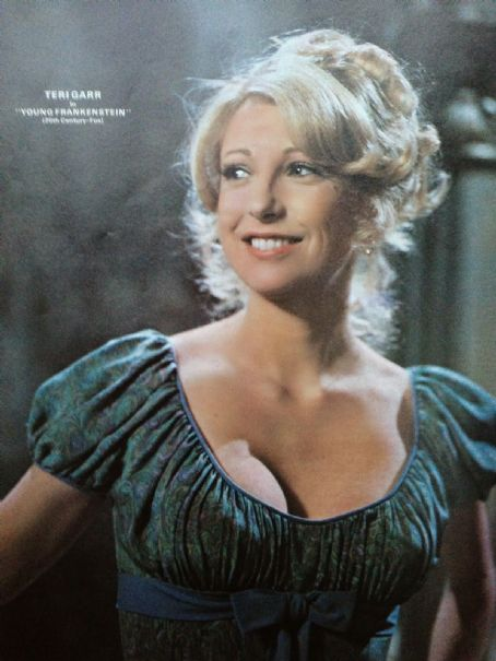 Teri Garr dated