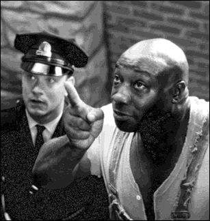 Michael Clarke Duncan  and Tom Hanks in The Green Mile (1999)