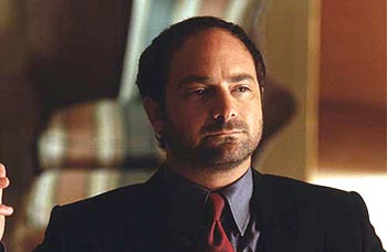 Kevin Pollak  as Janni Gogolak in Warner Brothers' The Whole Nine Yards - 2000