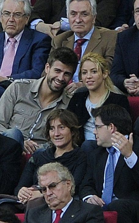 Shakira Mebarak and Gerard Pique - Liga match between Barcelona and Osasuna (April 23).