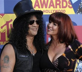 Slash and Perla Ferrar - Slash and Perla Hudson
