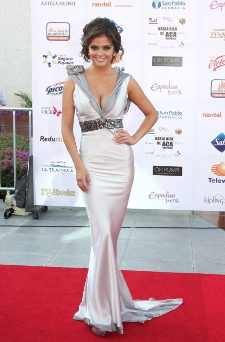 Marisol Gonzalez: TV y Novelas Awards 2012