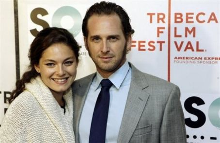 Alexa Davalos Josh Lucas and