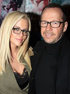 Jenny McCarthy and Donnie Wahlberg: Newly Engaged Couple Enjoy a Date Night