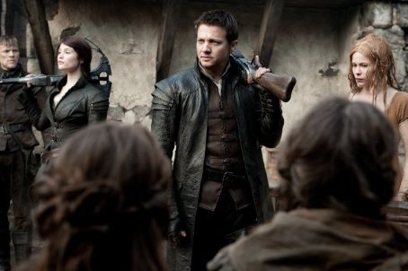 Pihla Viitala Hansel and Gretel Witch Hunters (2013)
