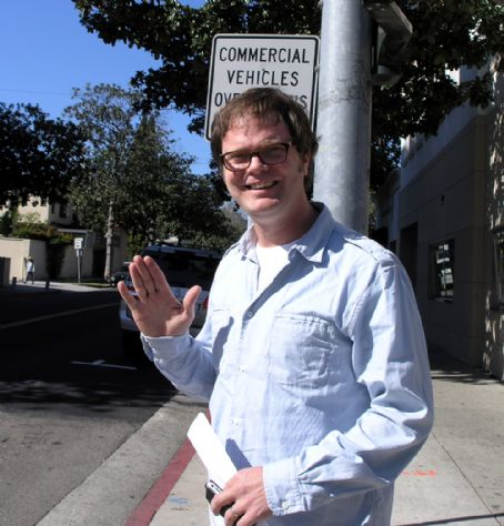 Rainn Wilson , walking in Beverly Hills, February 12, 2008.