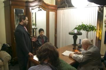 Charles Durning brandon slagle kenneth del vecchio and charles durning on set