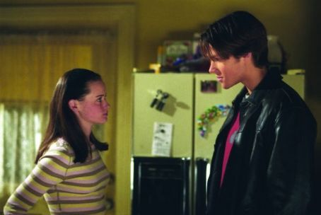 Gilmore Girls Jared Padalecki and Alexis Bledel