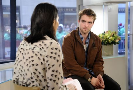 Ann Curry - Robert Pattinson Makes a Stop By The Today Show