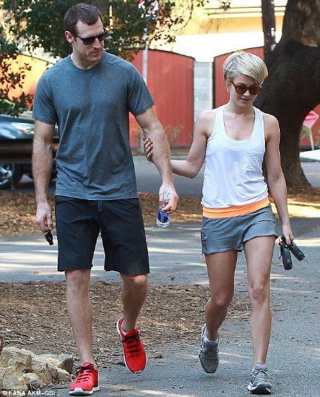 Brooks Laich Julianne Hough and Brroks Laich held hands  as they walked her dogs in Los Angeles on Sunday February 16. 2014