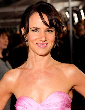 Juliette Lewis Hospitalized After Hit-and-Run Crash