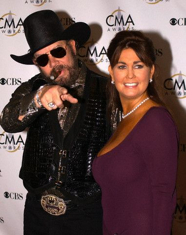 Hank Williams Jr. - Hank Williams, Jr. and Mary Jane Thomas