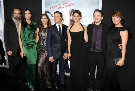 Pihla Viitala Peter Stormare, Famke Janssen, , Jeremy Renner, Gemma Arterton, Thomas Mann and Zoe Bell on The Premiere of the movie Hansel & Gretel: Witch Hunters (2013)
