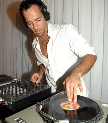 Alex Dimitriades  mixing up a beat