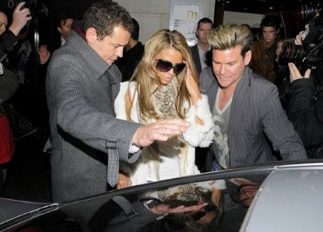 Katie Price and Leandro Penna - Katie Price in SoHo 2