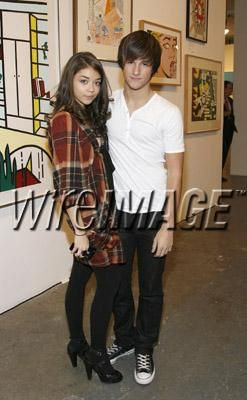 Sarah Hyland  and Max Ehrich