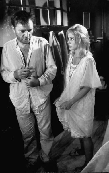 Sue Lyon  and Richard Burton