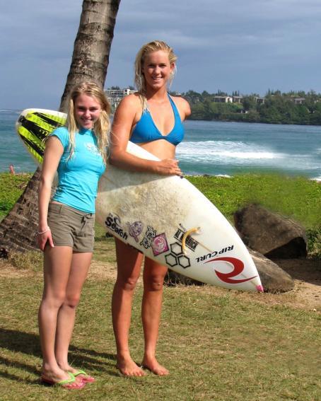 Soul Surfer AnnaSophia Robb -  Candid