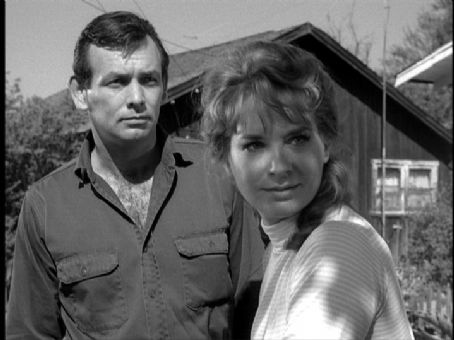 David Janssen Lois Nettleton with  on The Fugitive 1964
