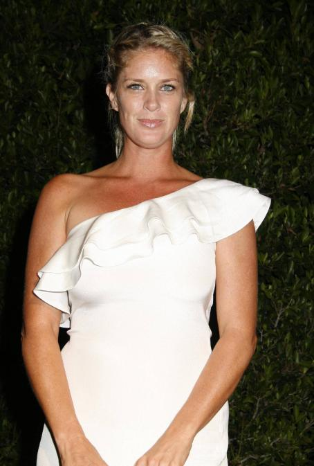 Rachel Hunter - Brent Shapiro Foundation For Alcohol And Drug Awareness 'Summer Spectacular' Event On September 12, 2009 In Hollywood