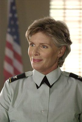 Kelly McGillis  as Colonel Gillan Davis