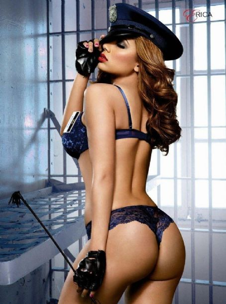 Erica Mena  Smooth Issue 60