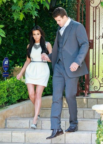 Kim Kardashian and Kris Humphries - Kim Kardashian & Kris Humphries leave her house in Beverly Hills as they head out to tape appearances on Ellen and The Tonight Show. 10/4/2011