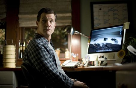 Dylan Walsh star as David Harris in Screen Gems' thriller THE STEPFATHER.