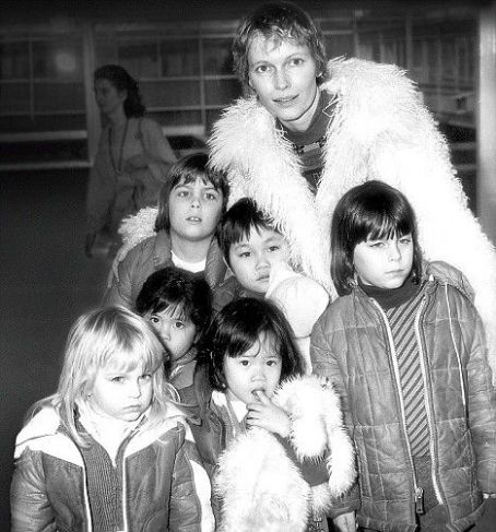 Soon-Yi Previn Natural and adopted: Mia Farrow in 1978 with some of her children Mathew, 7, Sasha, 7, Soon-yi, 7, Lark Song, 5, Fletcher, 5, and Summer, 3