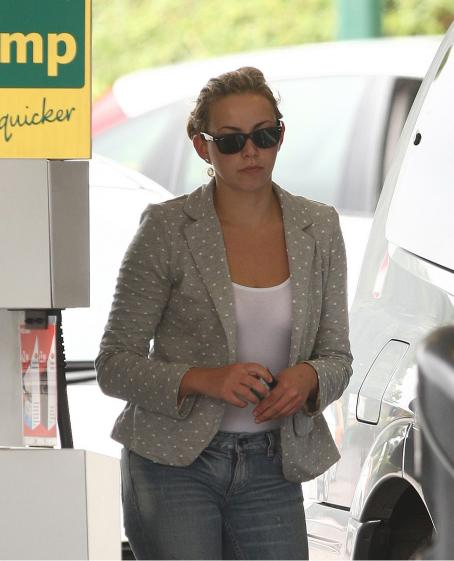 Charlotte Church - At A Gas Station In Cardiff 7-27-2010