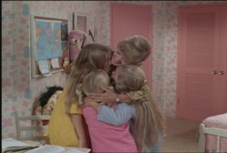 Eve Plumb - The Hug!