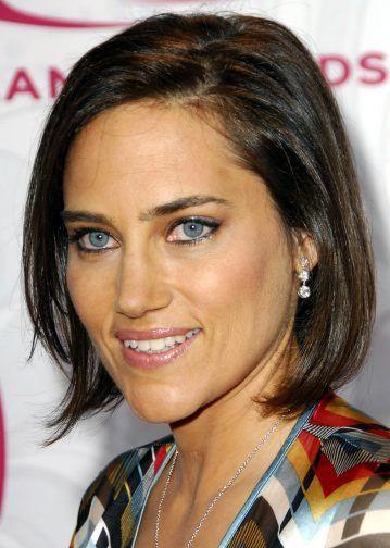 Amy Linker actress