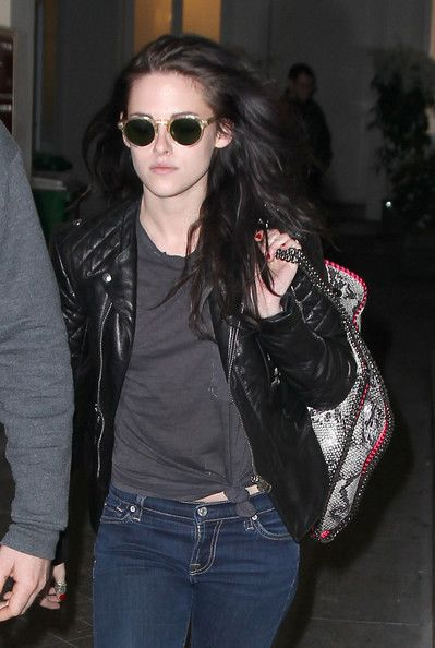 "Kristen carries the ""Falabella"" shoulder bag by StellaMcCartney"
