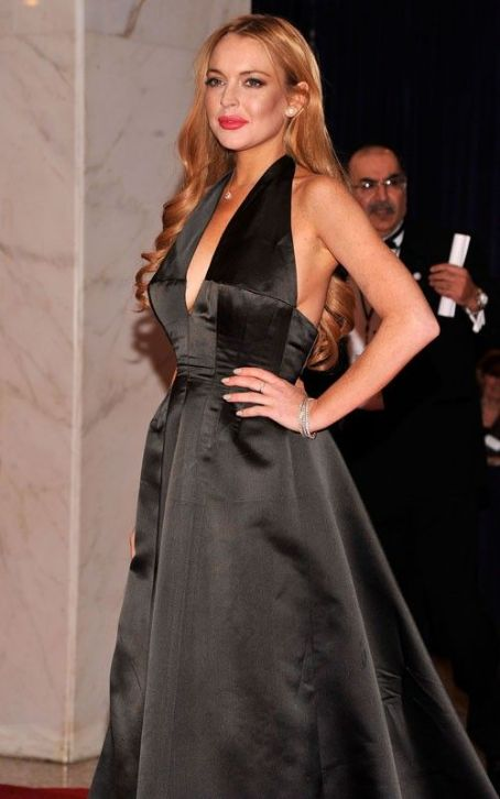 Lindsay Lohan's Glams Up the White House Correspondents' Dinner