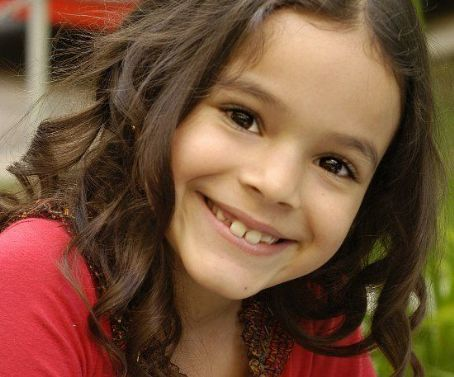 Bruna Marquezine Bruna as a child