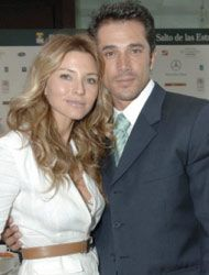 Sergio Mayer  and Isabela Camil