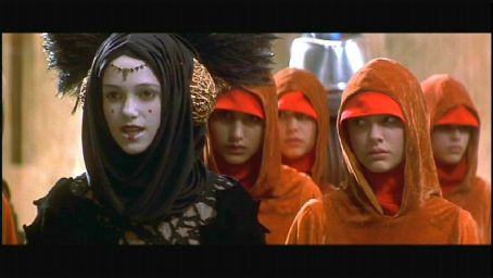 Padmé Amidala Natalie Portman as Queen Amidala/Padme in Twentieth Century Fox's Star Wars Episode I: The Phantom Menace - 1999