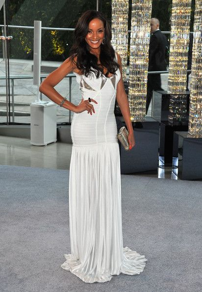Selita Ebanks attends the 2012 CFDA Fashion Awards