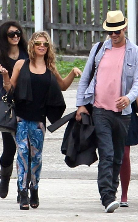 Josh Duhamel and Stacy Ferguson - Fergie and Josh Duhamel Arriving St. Barts December 30, 2010