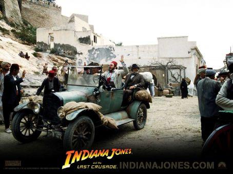 John Rhys-Davies Indiana Jones Wallpaper