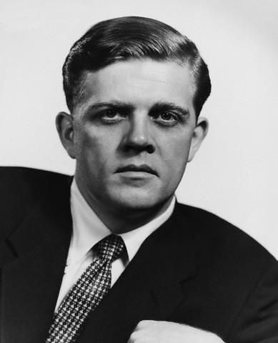 Pat Hingle