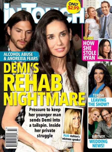 Demi Moore, Ashton Kutcher, Blake Lively, Ryan Reynolds, Sandra Bullock, Britney Spears - In Touch Weekly Magazine Cover [United States] (24 October 2011)