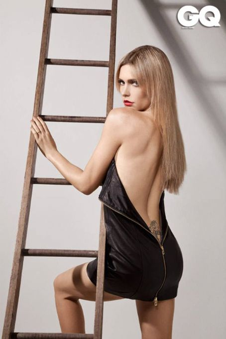 Fernanda Lima - GQ Magazine Pictorial [Brazil] (October 2011)