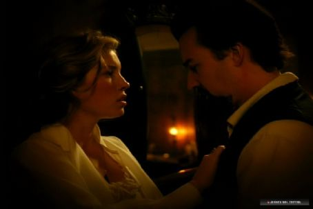 The Illusionist - Edward Norton and Jessica Biel