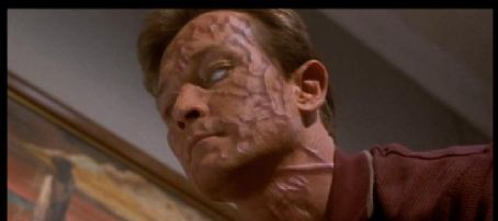Robert Patrick The Faculty (1998)