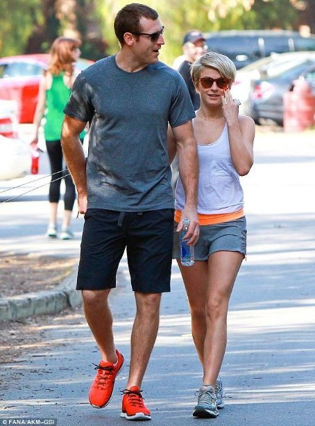 Brooks Laich Julianne Hough and